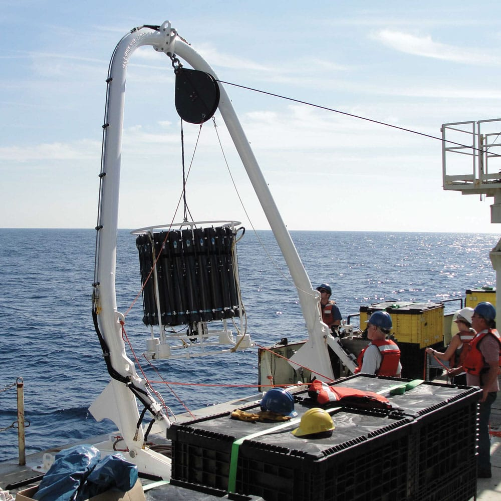 Synthetic extruded cable for oceanographic research use