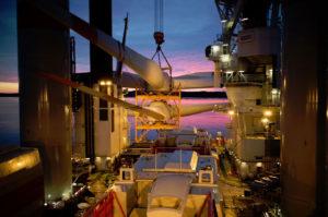 Cortland Selantic®Lifting Slings used to transport offshore wind turbine blades