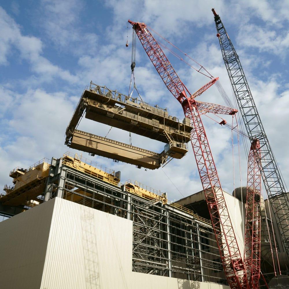 Plasma® rope slings lifting an overhead bridge crane